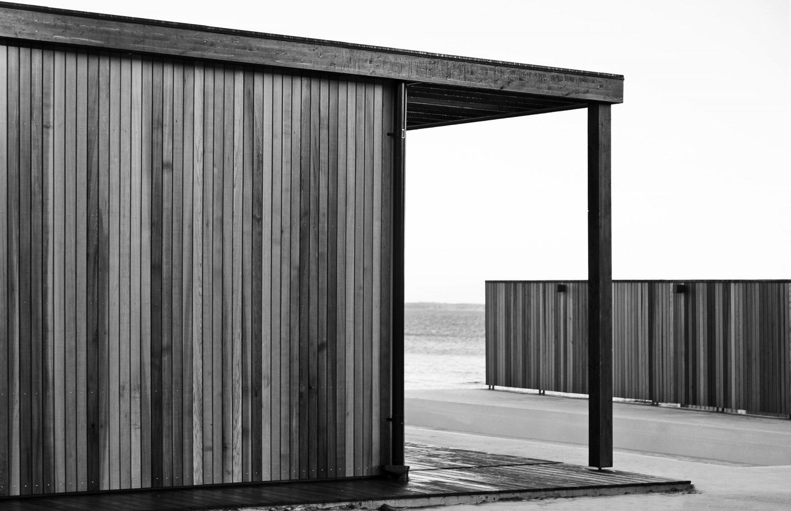 KjellanderSjoberg VillaVisuri fasad pool 3600x2324px