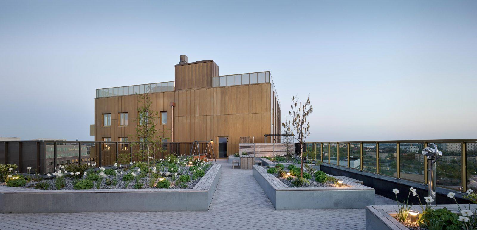KjellanderSjoberg Etaget roof-terrace-evening-01
